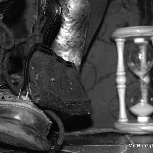 Hourglass 43