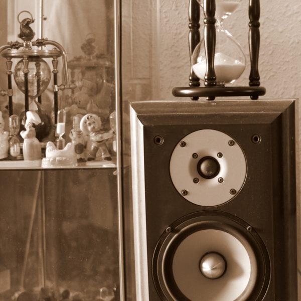 Hourglass 140