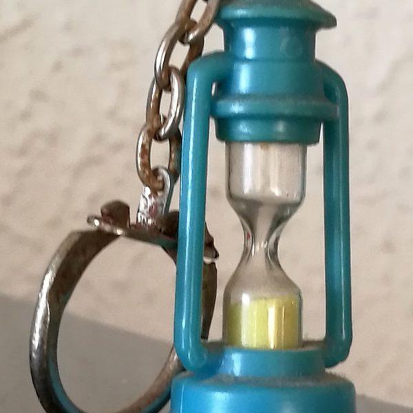 Hourglass 122, micro
