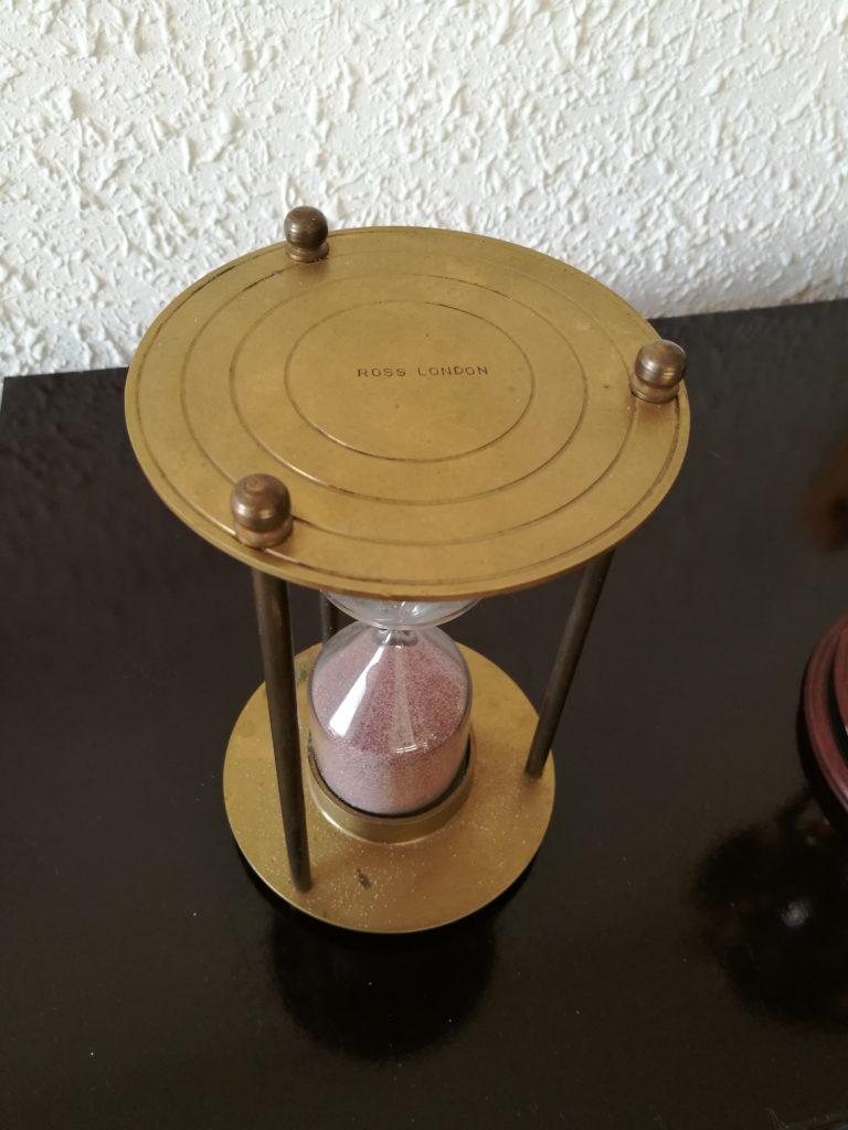 Hourglass 163, Ross, London